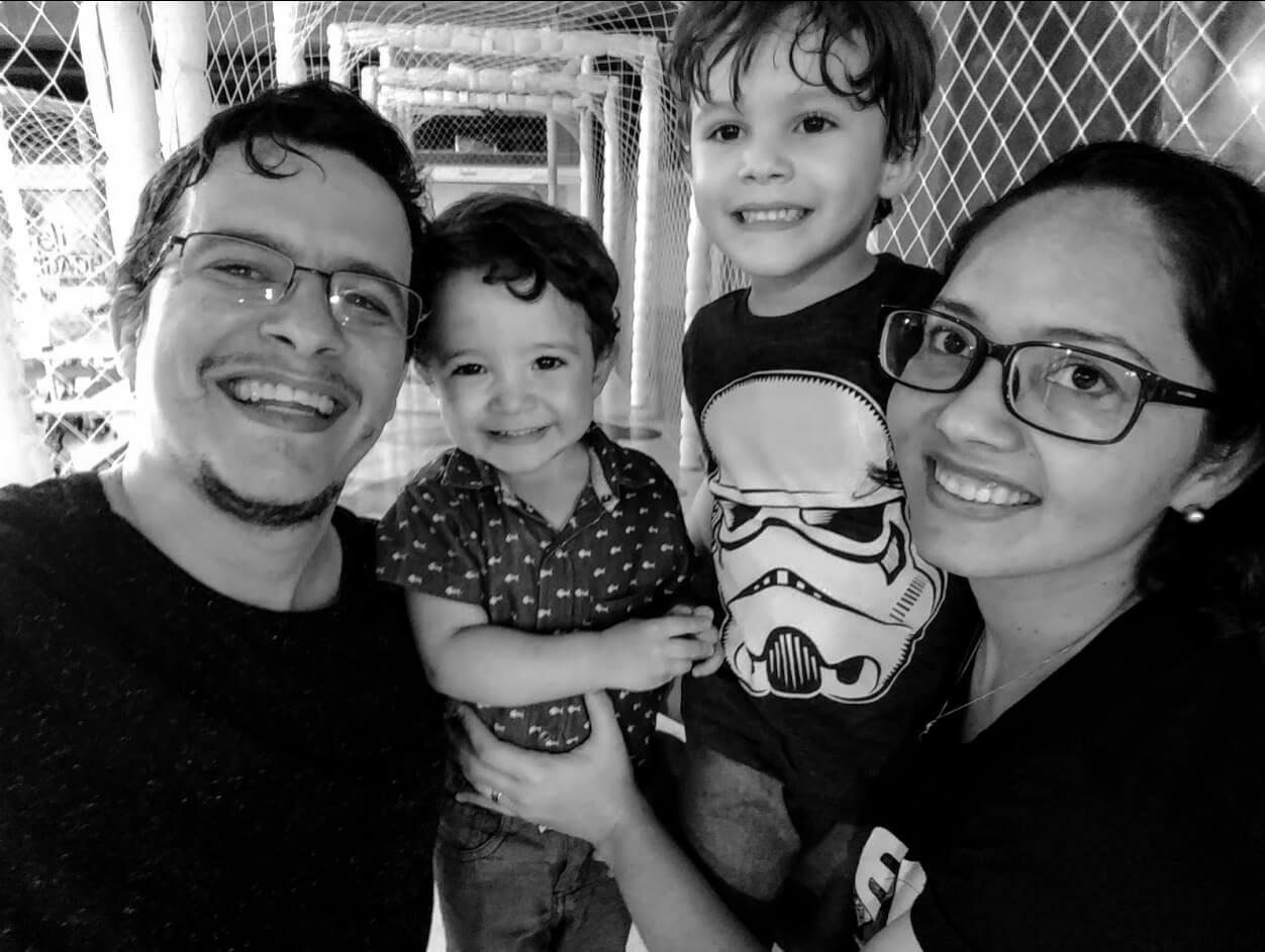Foto perfil tadeu + familia